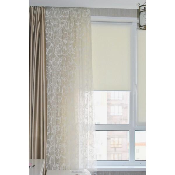Рулонные шторы на 4х створчатое окно
